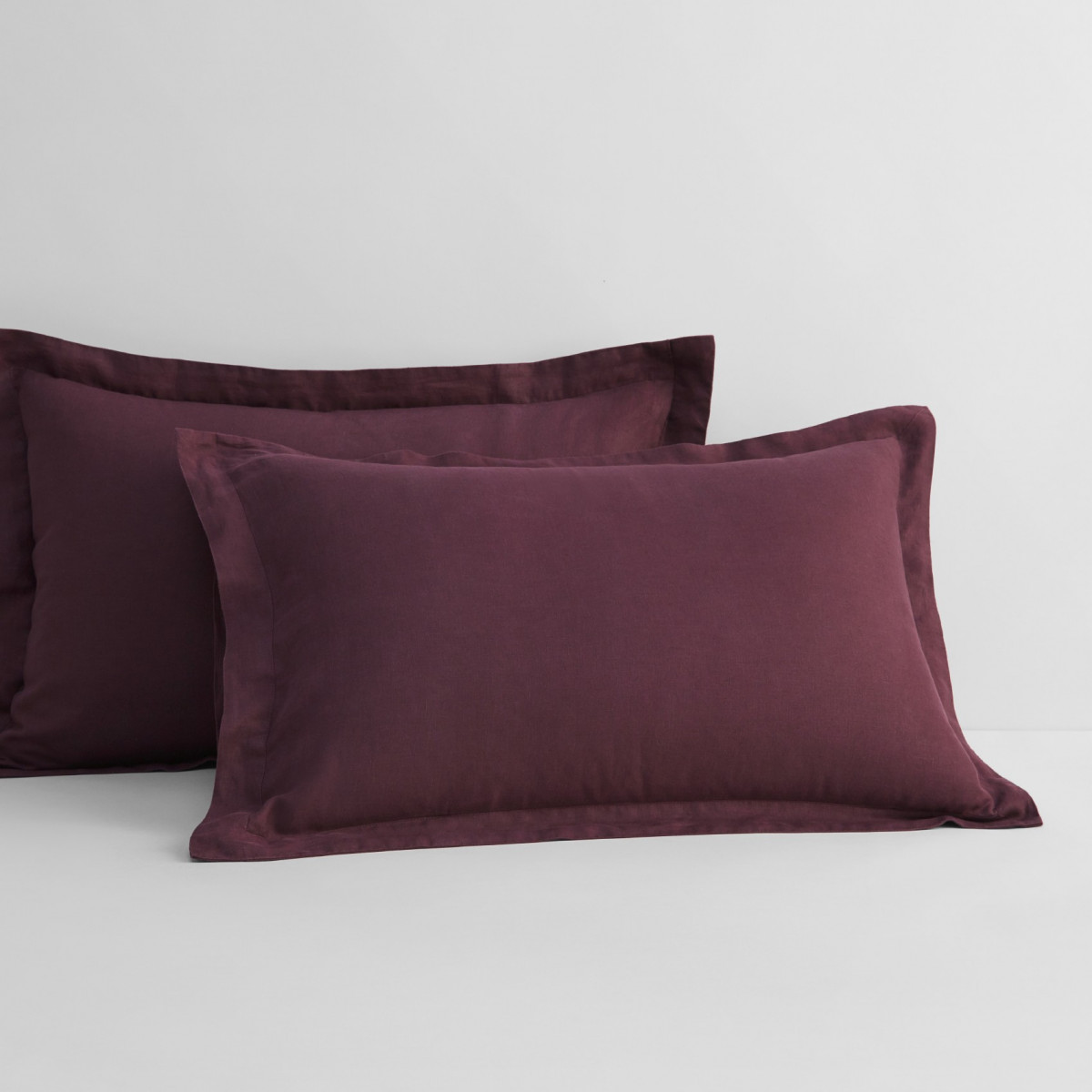 Sheridan Abbotson Linen Pillowcase Pair Plum