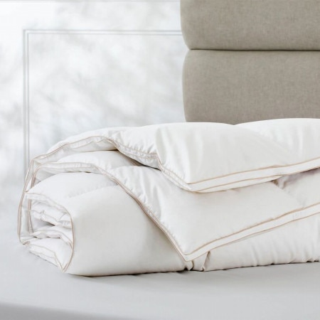 Pure Indulgence 95/5 Goose Down & Feather Quilt